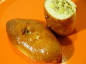 Средний пирожок с мясом и картофелем